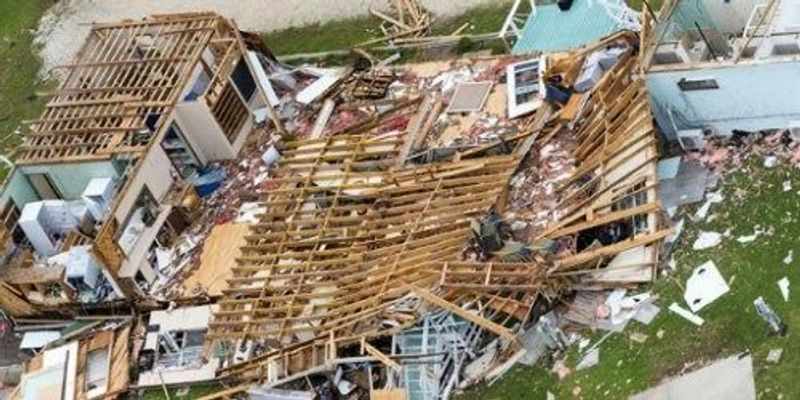 Scientific Society Gives Money to Harvey Victims