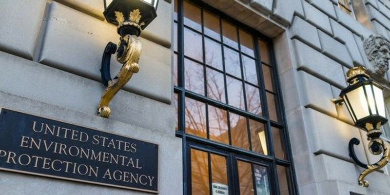 Hundreds of EPA Workers Leave the Agency