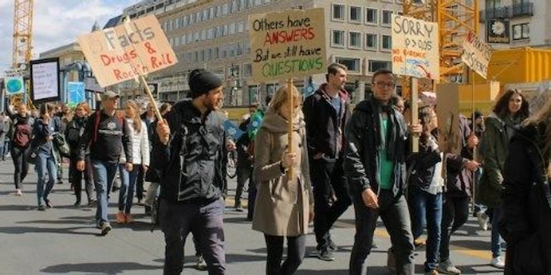 Will Marches Help Science? People Are Divided, Survey Finds