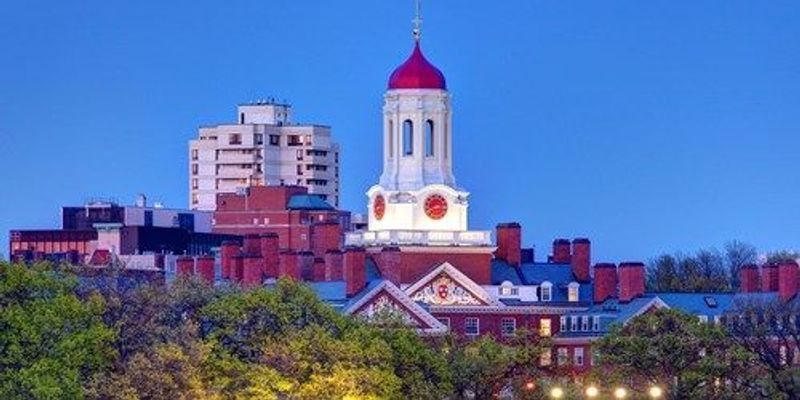 Harvard Teaching and Research Assistants Vote to Unionize