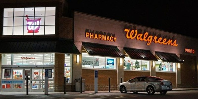 Walgreens Sues Theranos for $140 Million