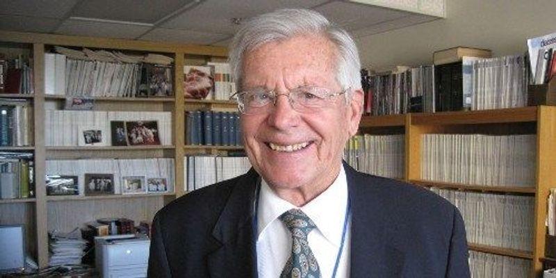 Prominent Endocrinologist Dies