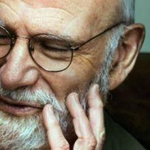 Oliver Sacks Dies