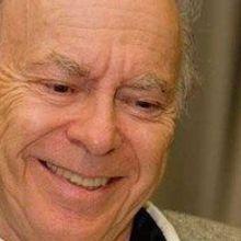 Biochemistry Pioneer Dies