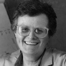 Trailblazing Endocrinologist Neena Schwartz Dies
