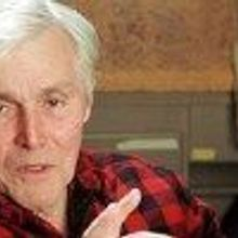 Evolutionary Biologist Dies