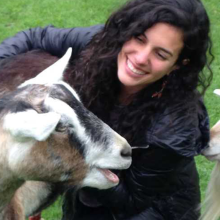 Goats Prefer Happy Human Faces