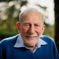 "Walter Munk, ""Einstein of the Oceans,"" Dies"
