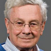 Pioneer in Bioethics Daniel Callahan Dies