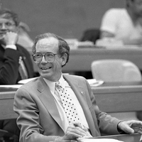 Neurobiologist and Former Stanford President Donald Kennedy Dies