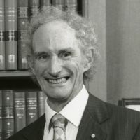 Robert May, Theoretical Ecologist Who Advised UK Gov't, Dies