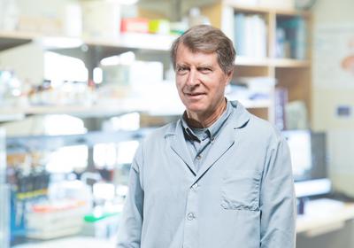 Neurobiologist Dave Schubert Dies