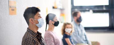 延迟疫苗剂量会导致冠状病毒逃生突变体吗?