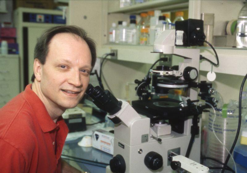Cellular Biologist Michael Mueckler Dies at 67