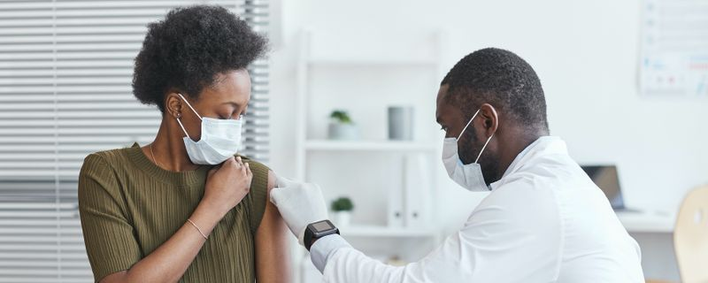 Study Reveals Declining COVID-19 Vaccine Efficacy Against Infection